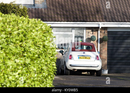 A Fiat 500 bearing unique UK personalised number plates that are re-arranged to spell ELS BELS.The number 5 and - Stock Image