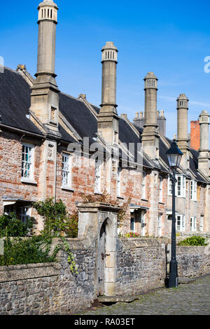 Houses on Vicar's Close in Wells, Somerset, believed to be the only complete medieval street left in England, UK - Stock Image