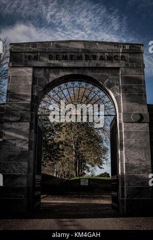 Memorial gates, Peel park, Kirkintilloch, Scotland - Stock Image