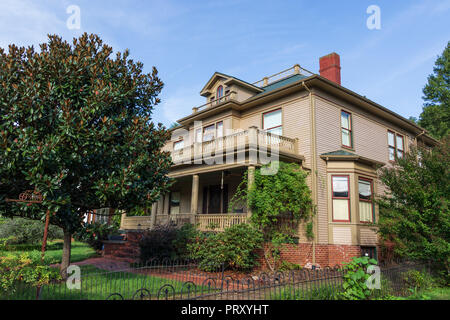 JONESBOROUGH, TN, USA-9/29/18: The elegant two-story clapboard-sided Fink house on Main Street in historic Jonesborough.  Built in 1914. - Stock Image