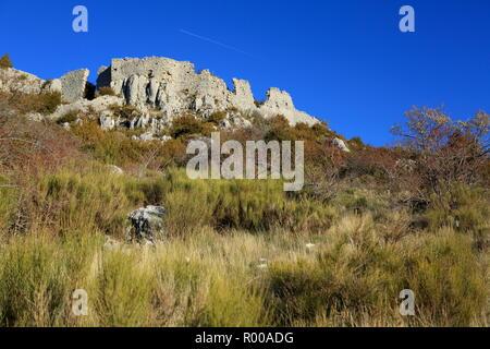 Castellaras ruins, Paysage du parc regional des Prealpes d'Azur, 06, Alpes-Maritimes, Cote d'azur, PACA, - Stock Image