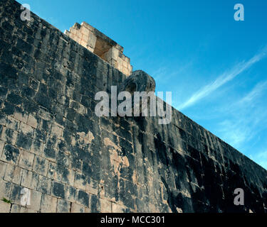 A ring shows where the ancient Maya ball game was played at Chichén Itzá, Yucatán State, Mexico. - Stock Image