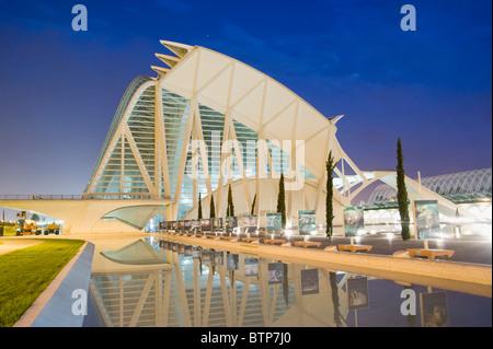 Arts and Science Park (Ciudad de las Artes y las Ciencias), Dusk, Valencia, Spain - Stock Image