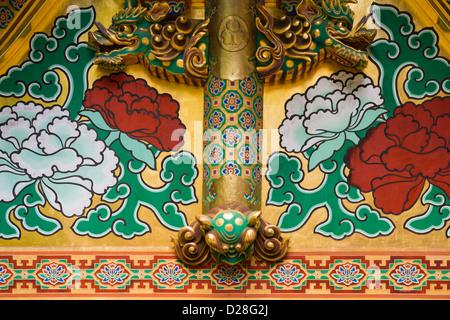 Detail of ornate decoration on the Toshogu shrine Nikko Japan - Stock Image