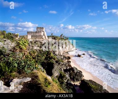 Mexico Yucatan Tulum Maya Ruins Pazific Ocean Qintana Roo Riviera Maya  - Stock Image