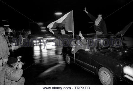 Czechoslovakia, Prague,1989 during the Velvet Revolution, the fall of communism in Eastern Europe. Celebrating the fall of the communist government by driving around Wenceslas Square showing the Czech flag. COPYRIGHT PHOTOGRAPH BY BRIAN HARRIS  © 07808-579804 - Stock Image