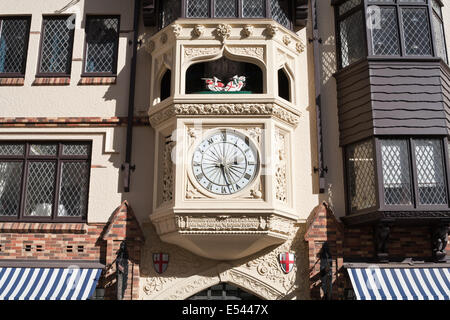 Clock at the entrance to Perth's Old London Court. Western Australia - Stock Image