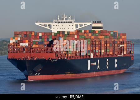 UASCs Al Dahna arrives at Hamburg - Stock Image