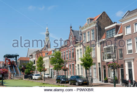 Maassluis The Netherlands Tyipcal canalside houses on the Veerstraat Noordzijde. - Stock Image