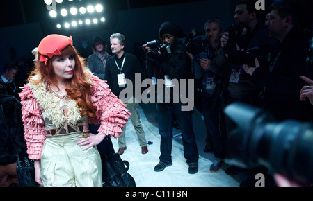 Singer Paloma Faith is hounded by photographers follwoing the PPQ autumn 2011 collection at the BFC Showspace at - Stock Image