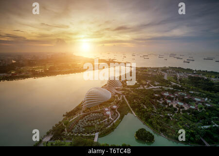 Aerial view of Singapore Gardens near Marina Bay in Singapore in morning. - Stock Image