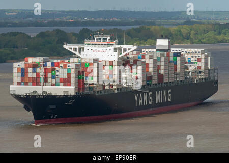 YM Wish arriving to the port of Hamburg on it's maiden voyage - Stock Image