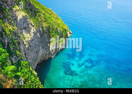 Amazing seascape to the azure sea. Places to travel background. Summer travelling - Stock Image