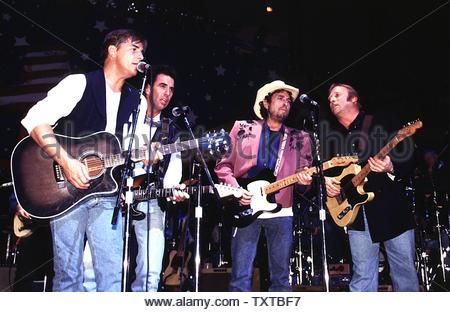 Don Johnson, Bob Dylan, Stephen Stills At The Blue Jeans Bash At The Capitol, Wash. D.C.,   JAN. 18, 1993. Credit: 348952_Globe Photos/MediaPunch - Stock Image