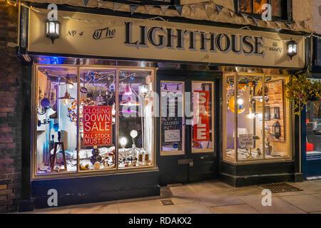 Business closing,shop closing,closing down sale,lighting shop - Stock Image