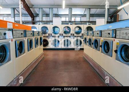 Main Street laundromat in Quartzsite in Arizona - Stock Image