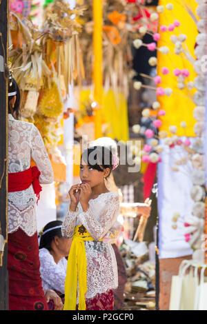 Balinese people, Odalan temple festival, Sidemen, Bali, Indonesia - Stock Image