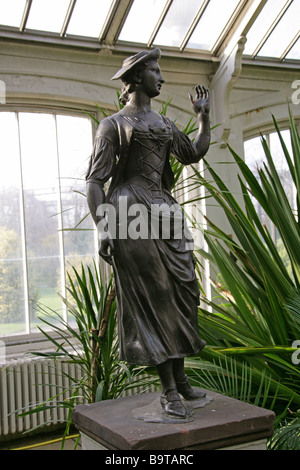 Lead Statue of a Shepherdess by John Cheere (1709-1787) made circa 1760-1770, Temperate House, Royal Botanical Gardens, - Stock Image