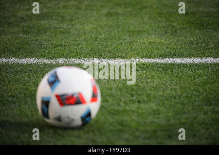 Mapfre stadium, USA. 23rd April, 2016. .Game ball and the grass in the first half of the match between Houston Dynamo - Stock Image