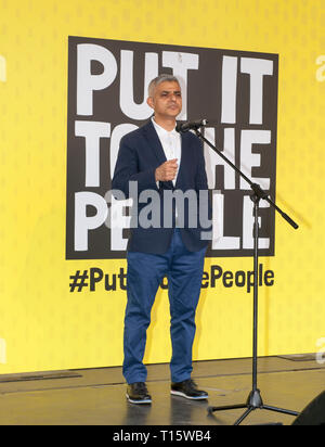 London, UK. 23rd Mar, 2019. Sadiq Khan London Labour, Mayor addressing the People's Vote March and rally, 'Put it to the People.' Credit: Prixpics/Alamy Live News - Stock Image