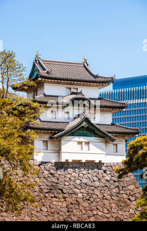 Guard tower, imperial palace, Tokyo, Japan - Stock Image