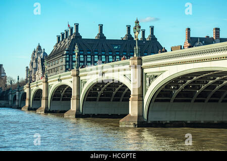 Westminster Bridge, with Portcullis House in the background - Stock Image