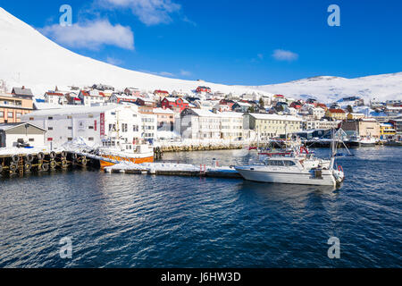 Fishing boats berthed at the Honningsvåg, Finnmark County, the northernmost city in Norway. - Stock Image