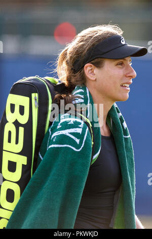 Johanna Konta (Jo Konta) walking off court at the conclusion of a match in 2018. Konta, tennis player, vertical orientation. - Stock Image