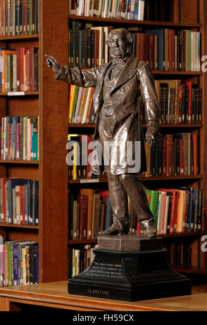 Statue of William Gladstone inside Gladstones Library in Hawarden North Wales UK - Stock Image