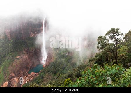 Nohkalikai Falls, Cherrapunji, Meghalaya, India - Stock Image