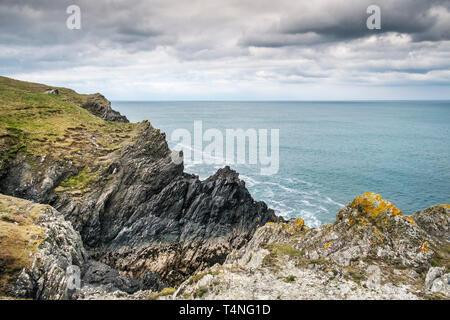 The rocky rugged coastline on Pentire Point East in Newquay in Cornwall. - Stock Image