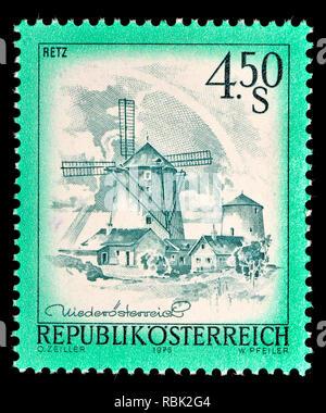 Austrian definitive postage stamp (1976) : Retz - Stock Image