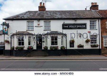 The exterior of the a public house in the High Street, Farnham, Surrey UK - Stock Image