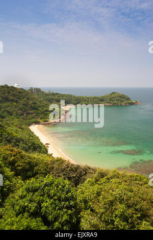 UNAWATUNA; JUNGLE BEACH AND PEACE PAGODA - Stock Image