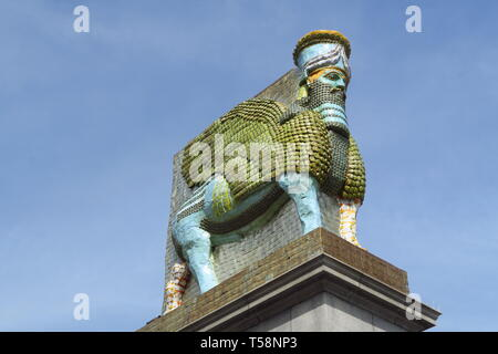 Lamassu installation made out of old date cans currently stands as the fourth plinth statue in London's Trafalgar Square - Stock Image