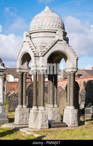 Liverpool Deane Road Cemetery Old Hebrew Congregation opened 1837 many famous graves restored 2012 National Lottery Baroness Miriam de Menasco - Stock Image