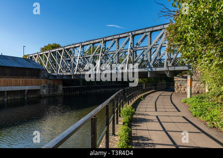 Bath, North East Somerset, England, UK - September 27, 2018: Bridge over the River Avon - Stock Image