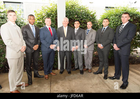 U.S. Secretary of State Rex Tillerson takes a photo with the Marine Security Guard Detachment at the U.S. Embassy - Stock Image