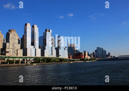NEW YORK, NY - JULY 09: Pier I and Riverside waterfront, West Side, Manhattan on JULY 9th, 2017 in New York, USA. (Photo by Wojciech Migda) - Stock Image