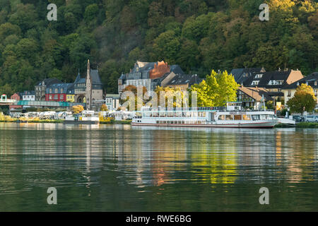 Traben-Trarbach - cruise boat moored in early autumn - Moselle Valley, Germany, Europe - Stock Image