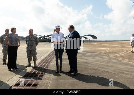 Panama City, Florida, USA. 15th Oct 2018. U.S First Lady Melania Trump stands on the tarmac at Northwest Beaches International Airport prior to touring damage in the aftermath of Hurricane Michael at Northwest Beaches International Airport October 15, 2018 in Panama City, Florida. Credit: Planetpix/Alamy Live News - Stock Image