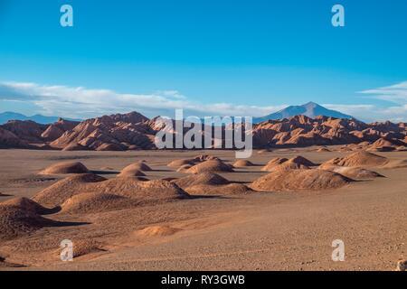 Argentina, Salta province, Puna desert, Cordillera near Tolar Grande, volcan Aracar - Stock Image