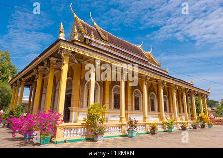 Kandal Pagoda, Wat Kandal, Battambang, Cambodia, Asia - Stock Image