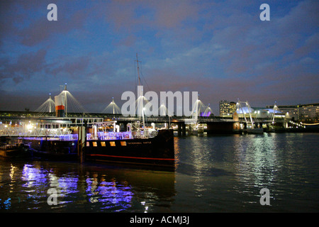 Hungerford Bridge at night London - Stock Image