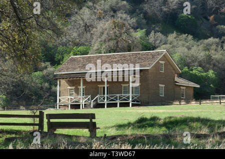 Commander's quarters at Fort Tejon, protecting the San Joaquin Valley, near Lebec, California. Digital photograph - Stock Image
