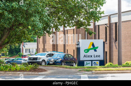 HICKORY, NC, USA-9/6/18:  The corporate offices of Alex Lee, Inc., a wholesale distributor of food and non-food items to grocery stores. - Stock Image