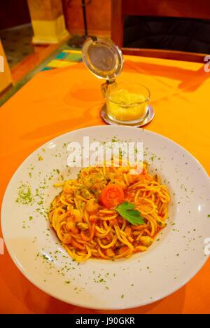 Spaghetti frutti di mare, pasta with seafood, restaurant Pompeii, old town, Pula, Istria, Croatia - Stock Image