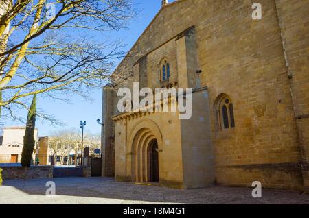 Laguardia, Álava province, Basque Country, Spain : Church of Santa María de los Reyes in the historic town of Laguardia in the Rioja Alavesa. - Stock Image