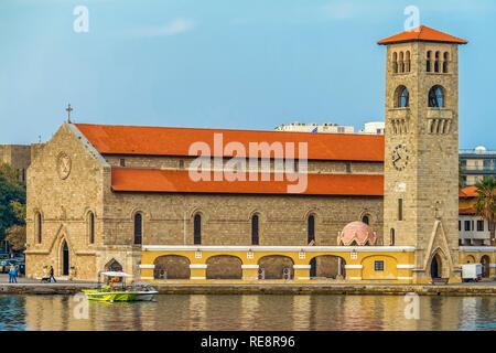 Evangelismos Church, Mandraki Harbour, Rhodes Town, Greece - Stock Image