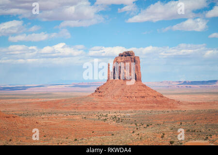 View of West Mitten Butte in Monument Valley. - Stock Image